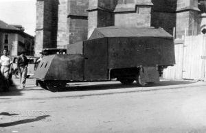 Camioneta blindada de Felipe en Balmaseda.  Agosto 1936